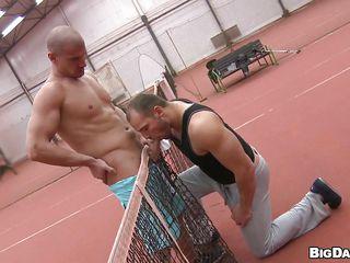 секс геев в армии