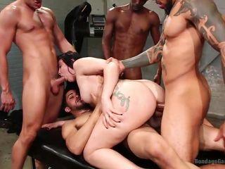 Групповое ретро порно видео